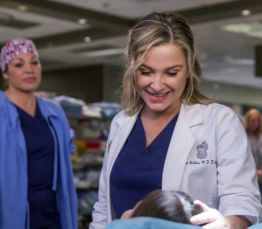 Greys-Anatomy-12x23-At-Last