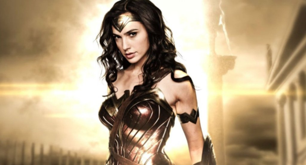gal-gadot-wonder-woman-bisexual