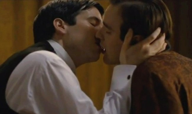 Beso gay en Downton Abbey